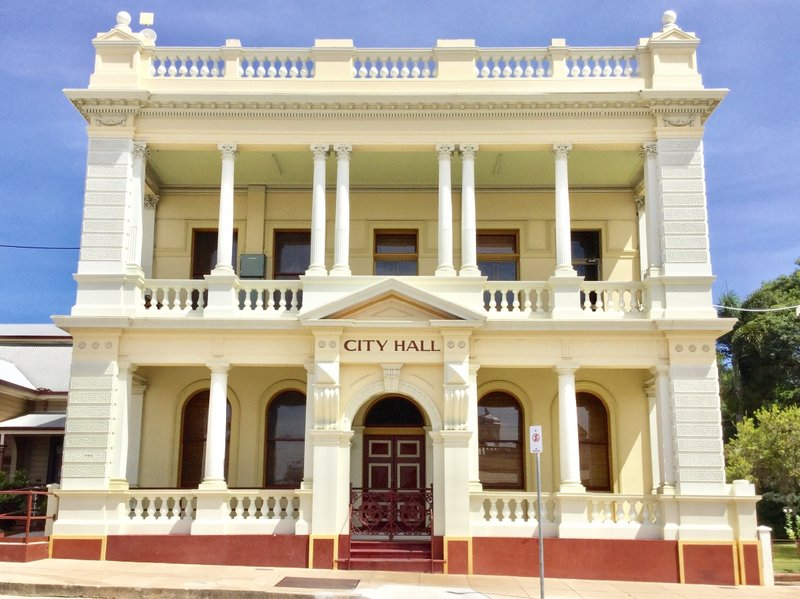 City Hall, built in 1891, was once the Queensland National Bank.