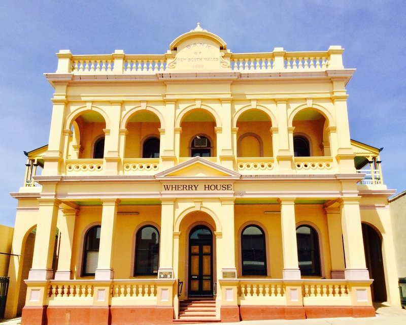 The Wherry House was originally the Bank of New South Wales, built in 1889.