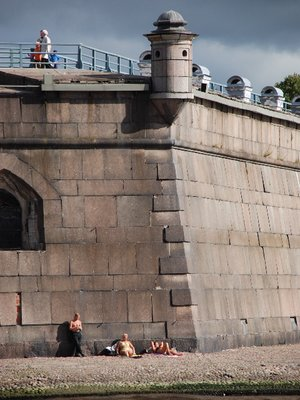 St.Petersburg - Sunbathing at the Peter and Paul fortress