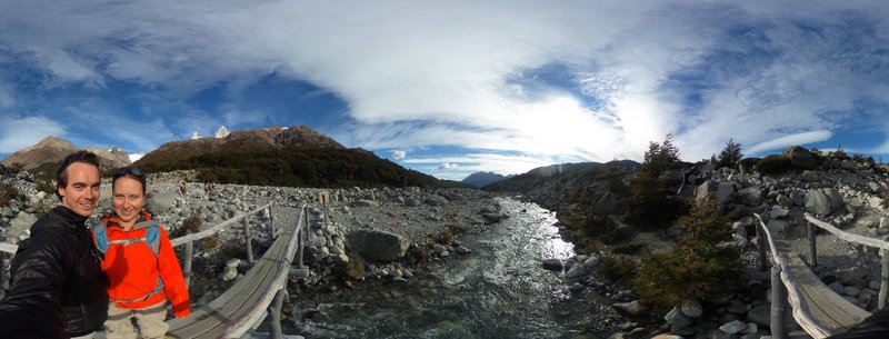 River crossing on Fitzroy track (Laguna de los tres)