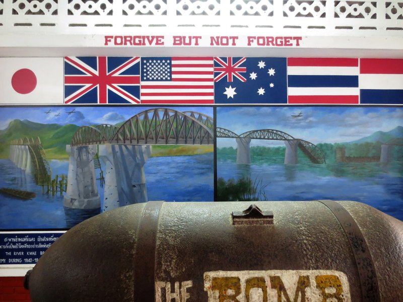 The bomb the US dropped but did not go off- found in the river|Une bombe qui ciblait le pont n'a pas exploser. Retrouvee dans la riviere.