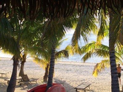 Aitutaki_-..cony_View_2.jpg