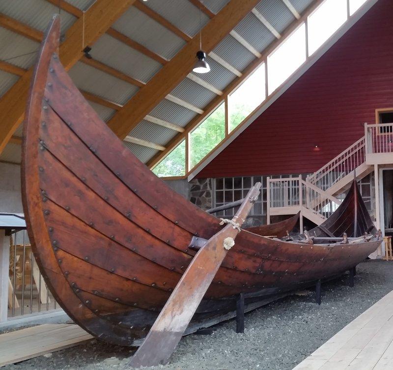45.16 Wikingerboot. Nachgebaut.