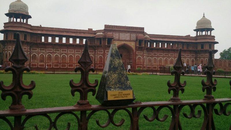 large_Fort_Agra.jpg