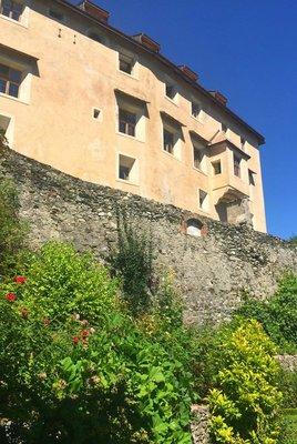 12_Hotel_S..burg_Castle.jpg