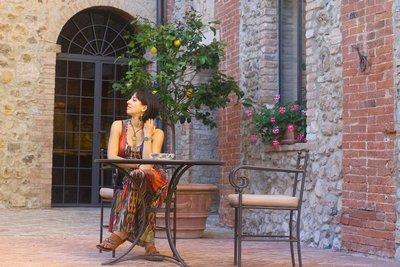 CastelloBa..no_Italy_12.jpg