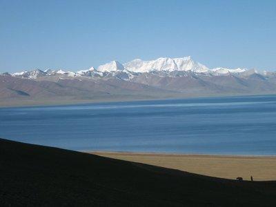 Tibet_Namtso_Bigwhitemountains