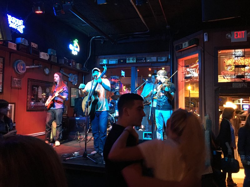 Second Fiddle Bar