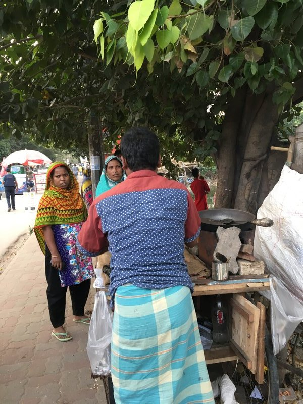 nut_vendor_women