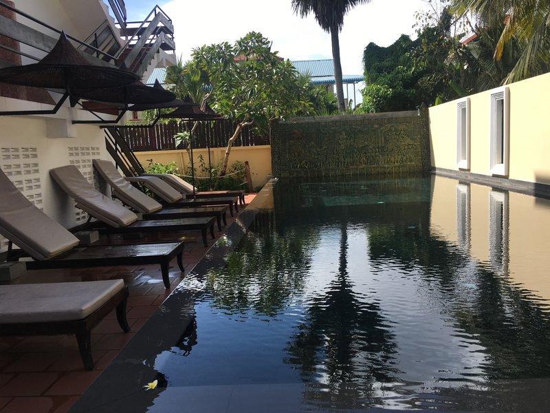 large_pool.jpg