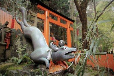 Fox statue kyoto