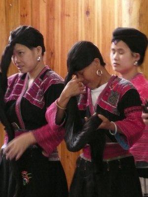 Zhuang womens hair
