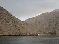 DSC01674_d..d_motorboat.jpg