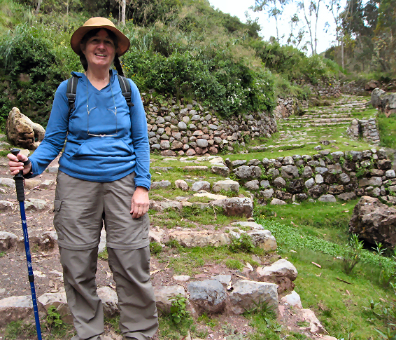 Hike from Chinchero down to the Sacred Valley