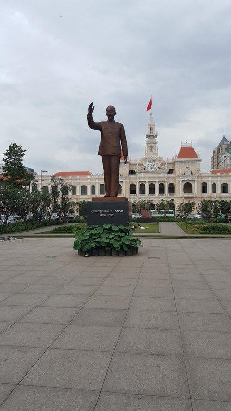 La statue de Ho Chi Minh