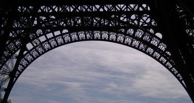 5891635-Eiffel_Tower_Paris_Paris.jpg