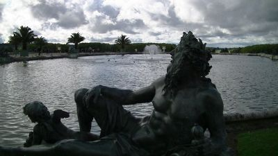 5892590-Gardens_of_Versailles_Paris_Paris.jpg