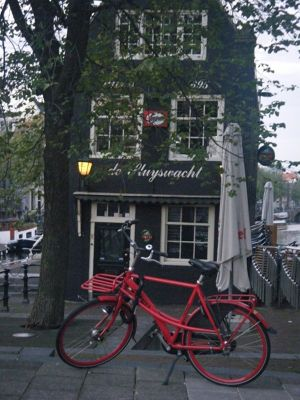 5908782-Red_bike_in_Amsterdam_Amsterdam.jpg