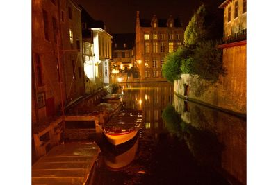 5964394-Brugge_at_night_by_aussirose_Brugge.jpg