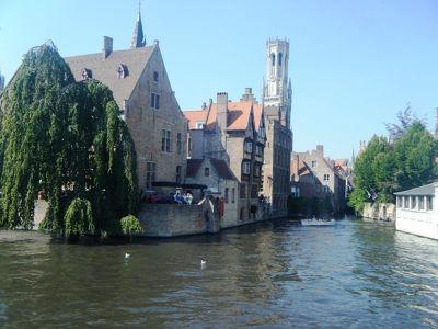 609076746087072-Brugge_Canal..ose_Brugge.jpg