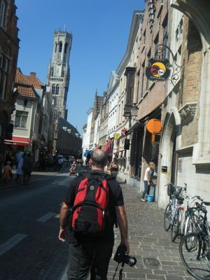 631025446087106-Walking_the_..ose_Brugge.jpg