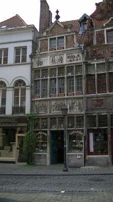 648829245964289-Classic_old_..lgium_Gent.jpg