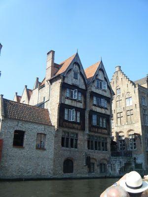 6705445964438-Beautiful_Br..ose_Brugge.jpg