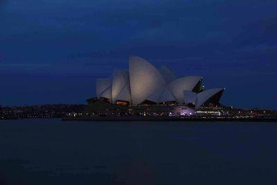 7714657-Sydney_Opera_House_By_Aussirose.jpg