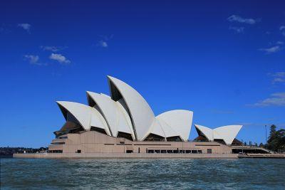 7714797-Sydney_Opera_House_By_Aussirose.jpg