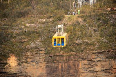 7733112-Scenic_Railway_Katoomba.jpg