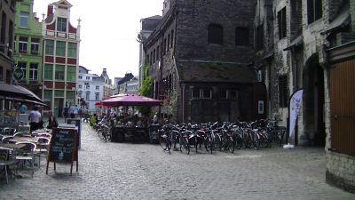 783493095964285-Bikes_cobble..lgium_Gent.jpg