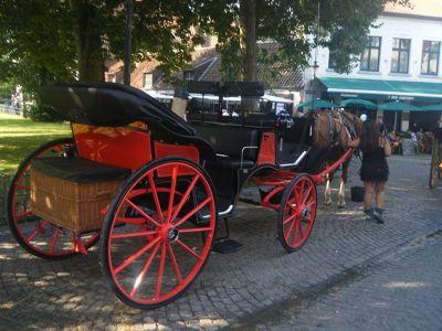 830681606087081-Brugge_Horse..ose_Brugge.jpg