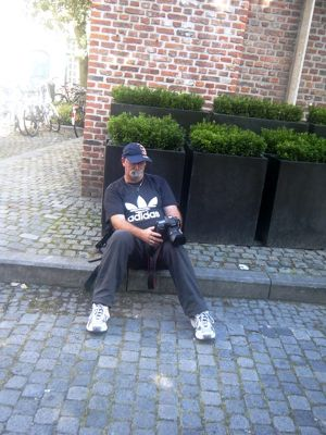 880843836087110-Walking_the_..ose_Brugge.jpg