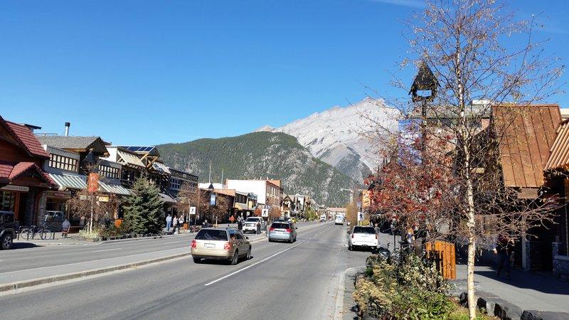 123  Banff - Streets 1