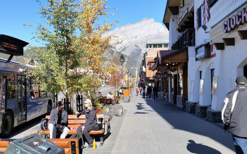 124 Banff - Streets 2