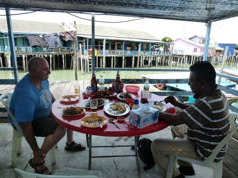 Crab Island Inn, Pulau Ketam Malaysia by aussirose