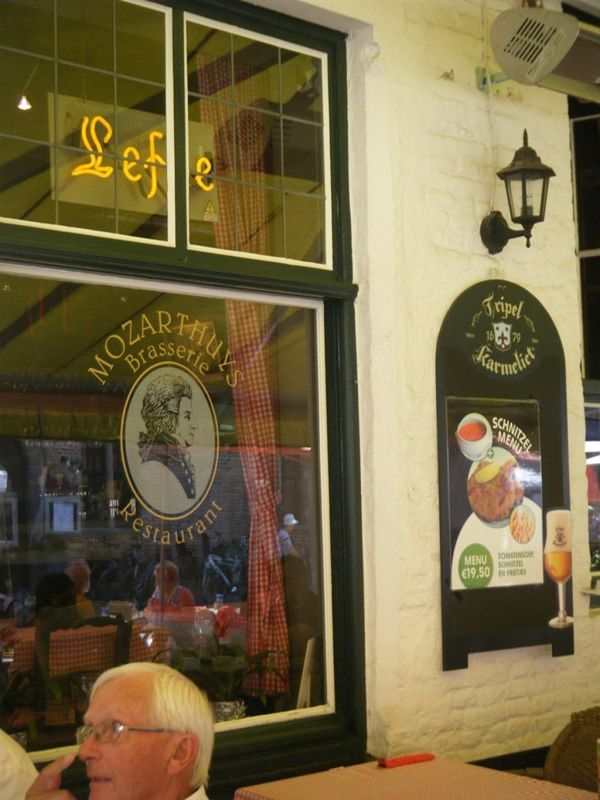 Mozarthuys Cafe Brugges by aussirose
