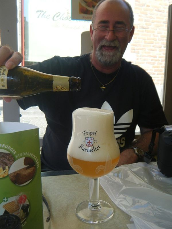 Howie attempts to pour Belgium Beer - Brugges