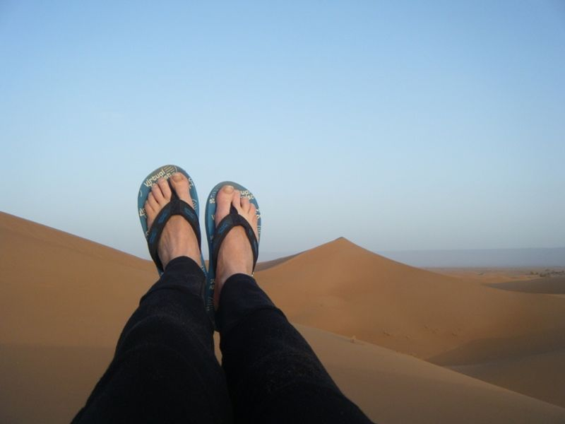 aussirose and vt thongs in the Sahara Desert - Morocco