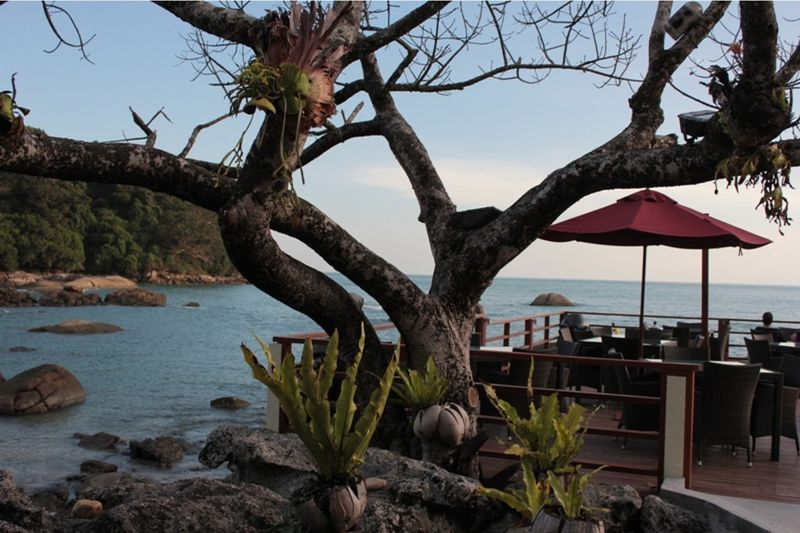aussirose enjoys Happy Hour Beaside Bar Langkawi - Pulau Langkawi