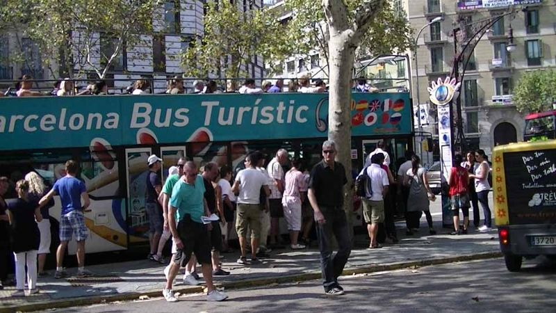 Tourist bus Barcelona Casa Balto by aussirose - Barcelona