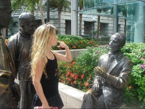 .....Ann walks away.....not my kids.... ;o) - Singapore