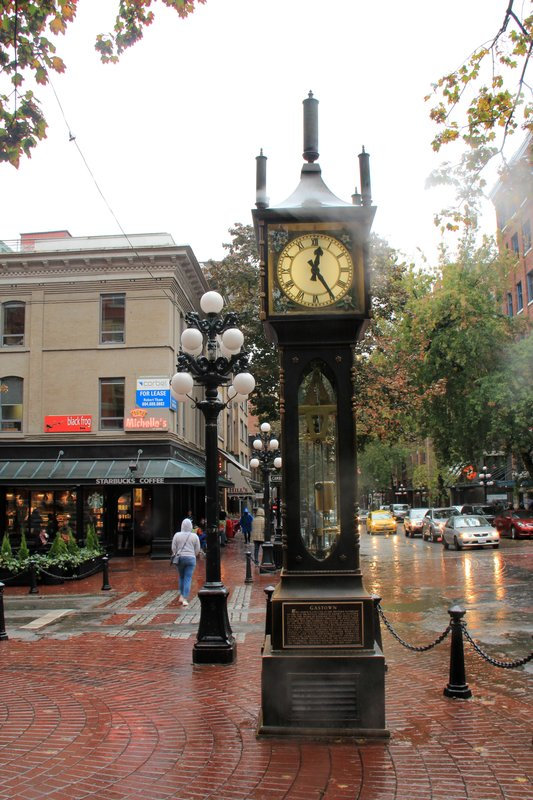 29 Vancouver - Steam Clock 1
