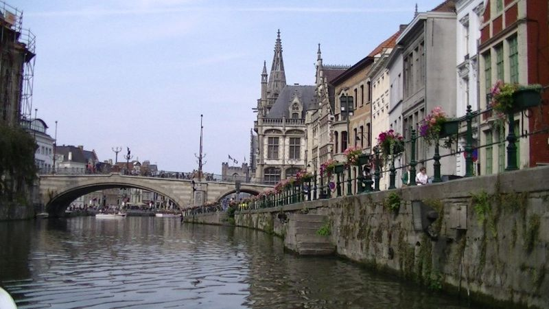 A Canal Story in Gent by aussirose - Gent
