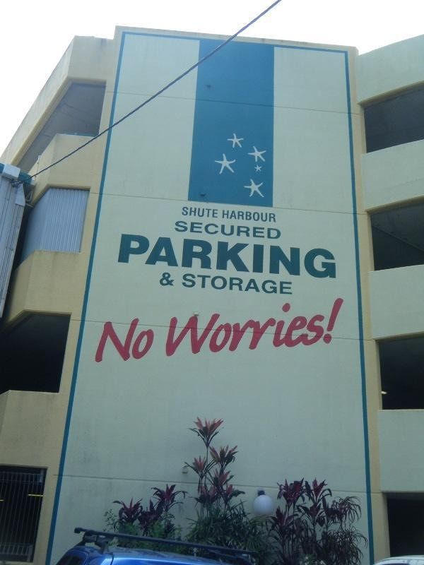 Shute Harbour parking - Airlie Beach
