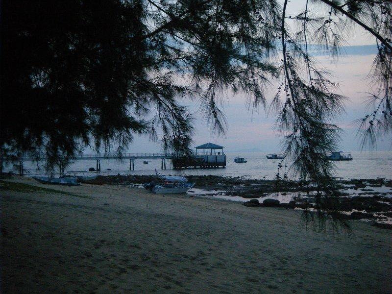Paya Beach Resort Jetty Pulau Tioman