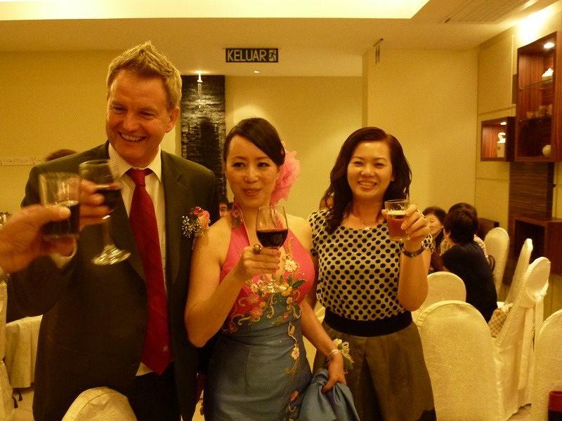 Chinese wedding cheers at winnietankl's wedding - Penang