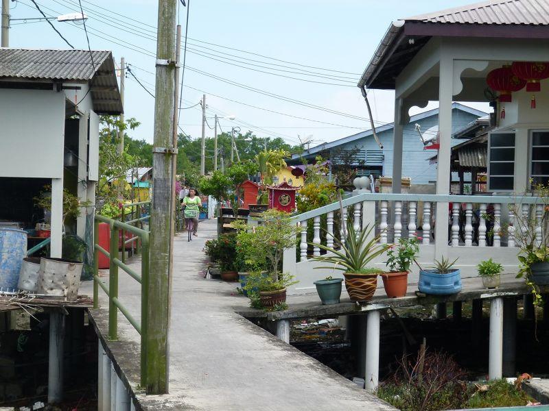 Walking the Streets of Crab Island with aussirose - Pulau Ketam