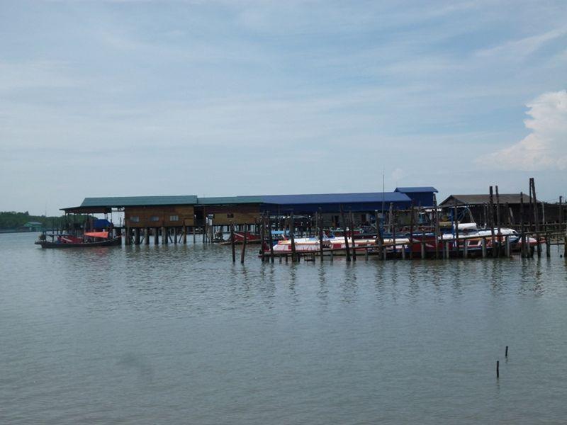 Pulau Ketam Malaysia, Crab Island by aussirose