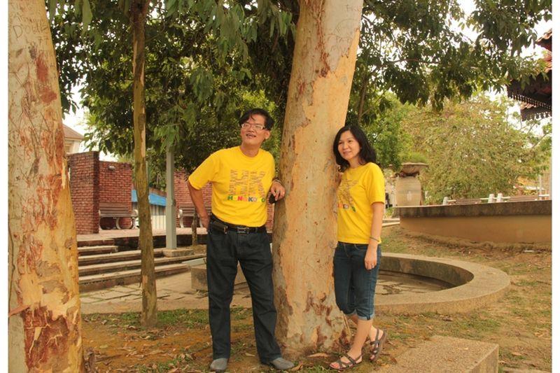 Swee Long beside an Australian Gum tree in Penang - Penang